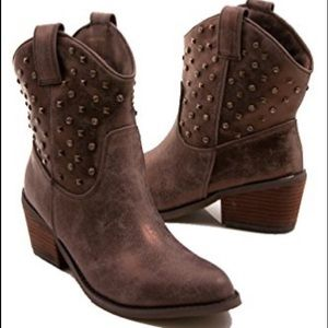 Rhinestone studded cowboy boots